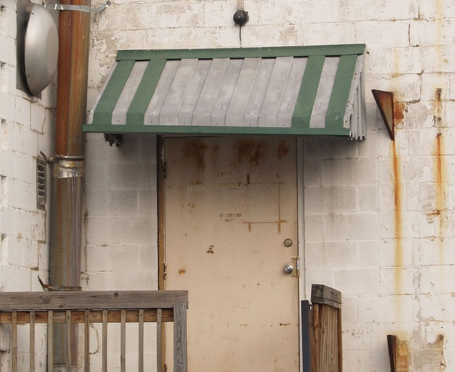 How to Paint a Rusted Metal Awning